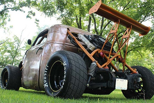 Modifikasi Mobil Chevrolet 1947 Rat Rod Brutal